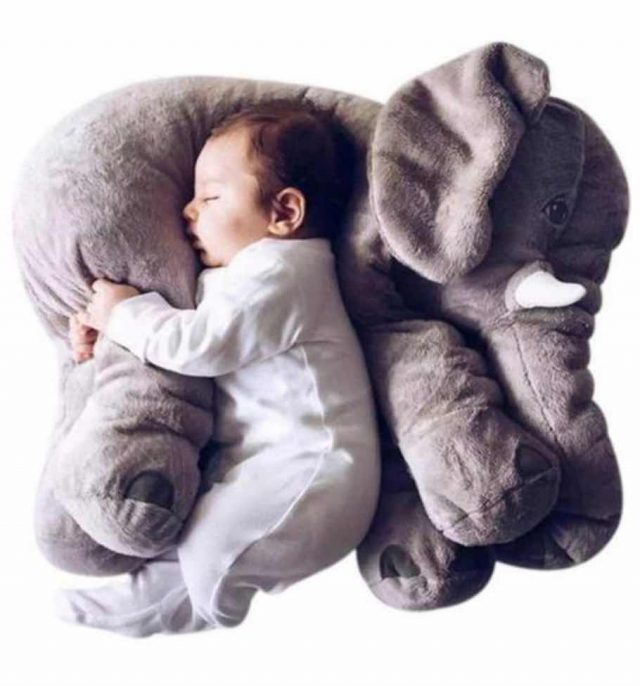 la peluche éléphant pour accompagner bébé