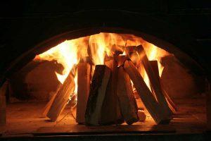 Découvrez le rendement des plaquettes de bois pour votre chauffage