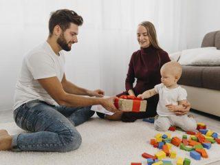 Quel cadeau de naissance offrir à un jeune papa ?